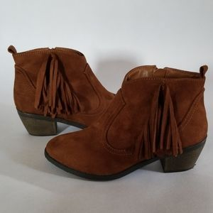 Faded Glory Brown Faux Leather Fringed Bootie 6